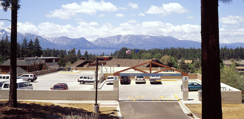 Slideshow image for Douglas County Parking Structure