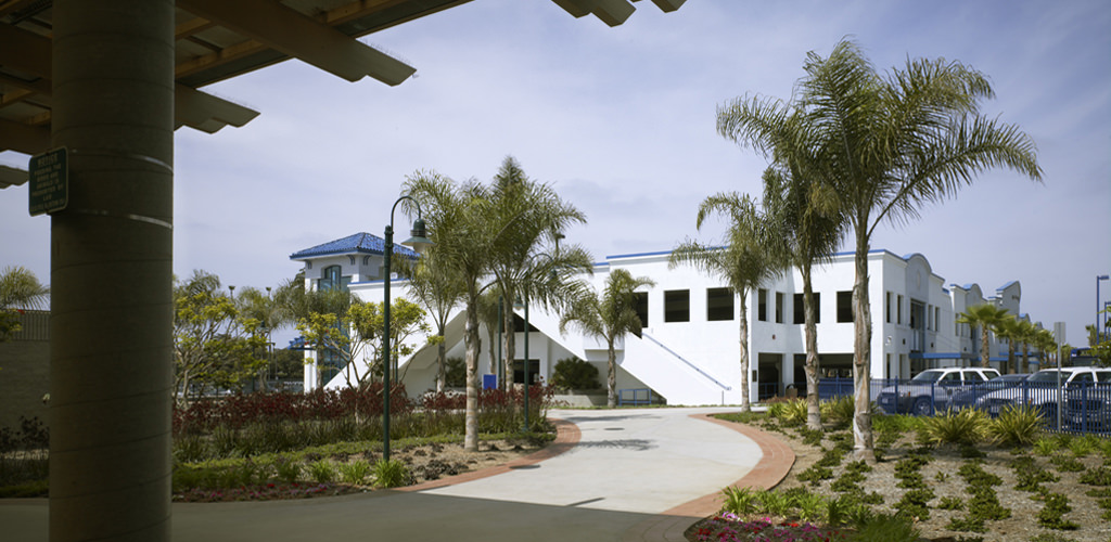 Slideshow image for Oceanside Transit Parking Structure